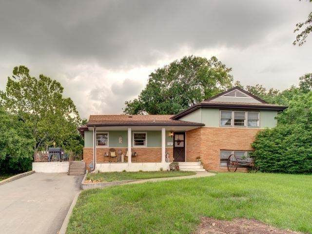 514 N Locust, Marion, KS 66861 (MLS #597217) :: COSH Real Estate Services