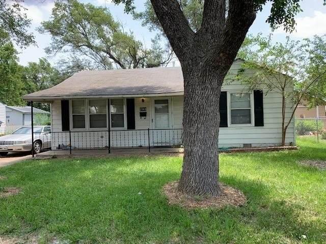 2740 S Everett St, Wichita, KS 67217 (MLS #597527) :: Kirk Short's Wichita Home Team