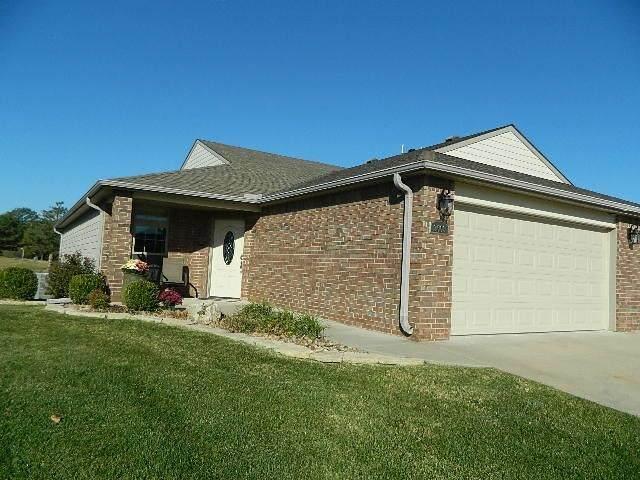 3603 Lakeshore Drive, Winfield, KS 67156 (MLS #603632) :: Pinnacle Realty Group