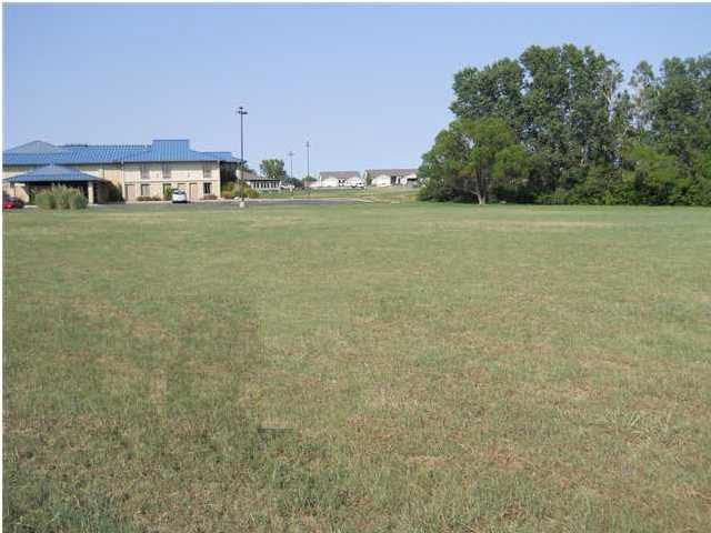 3864 S Pike Rd, Winfield, KS 67156 (MLS #327407) :: Select Homes - Team Real Estate