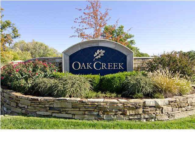1932 N Oak Creek Pkwy, Wichita, KS 67206 (MLS #359497) :: The Boulevard Group