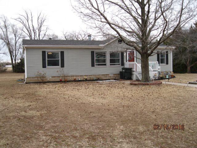 8450 S S Kirby Ct, Haysville, KS 67060 (MLS #547061) :: Better Homes and Gardens Real Estate Alliance