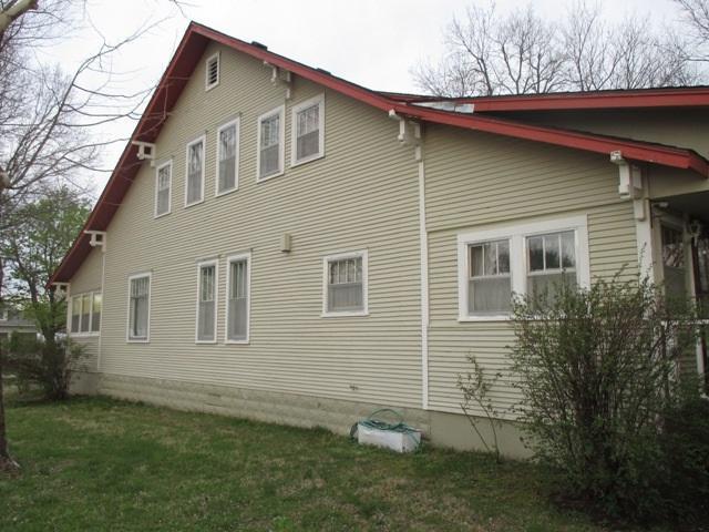202 S Pennsylvania, Howard, KS 67349 (MLS #550581) :: Select Homes - Team Real Estate