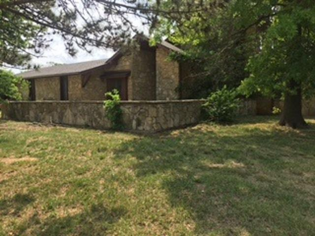 8471 SW Lost Lake Rd, Andover, KS 67002 (MLS #552651) :: Glaves Realty