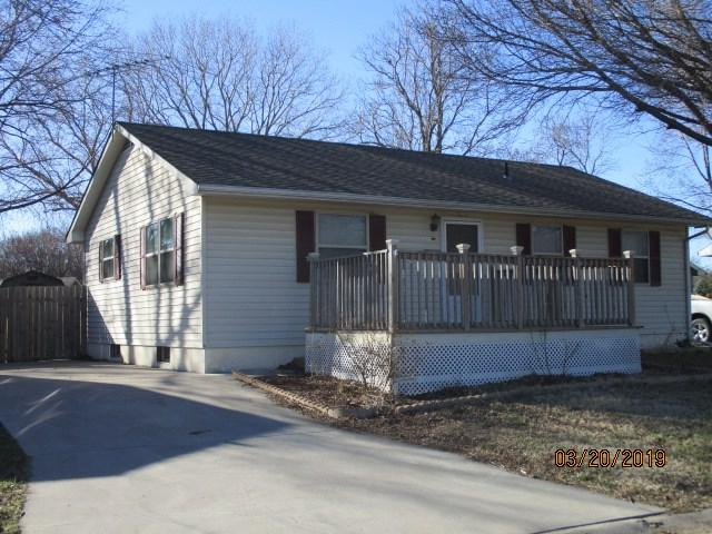 209 N Pine, Whitewater, KS 67154 (MLS #561820) :: On The Move