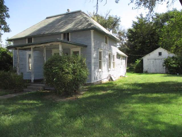 510 S Washington St, Hillsboro, KS 67063 (MLS #569845) :: On The Move