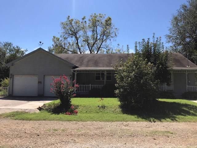 119 E 3rd, Climax Springs Village, KS 67137 (MLS #572554) :: On The Move
