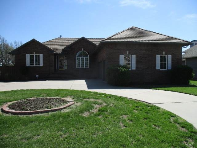 8426 E Oxford Cir, Wichita, KS 67226 (MLS #577331) :: Keller Williams Hometown Partners