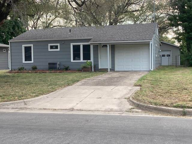 3427 S Everett, Wichita, KS 67217 (MLS #586229) :: Keller Williams Hometown Partners