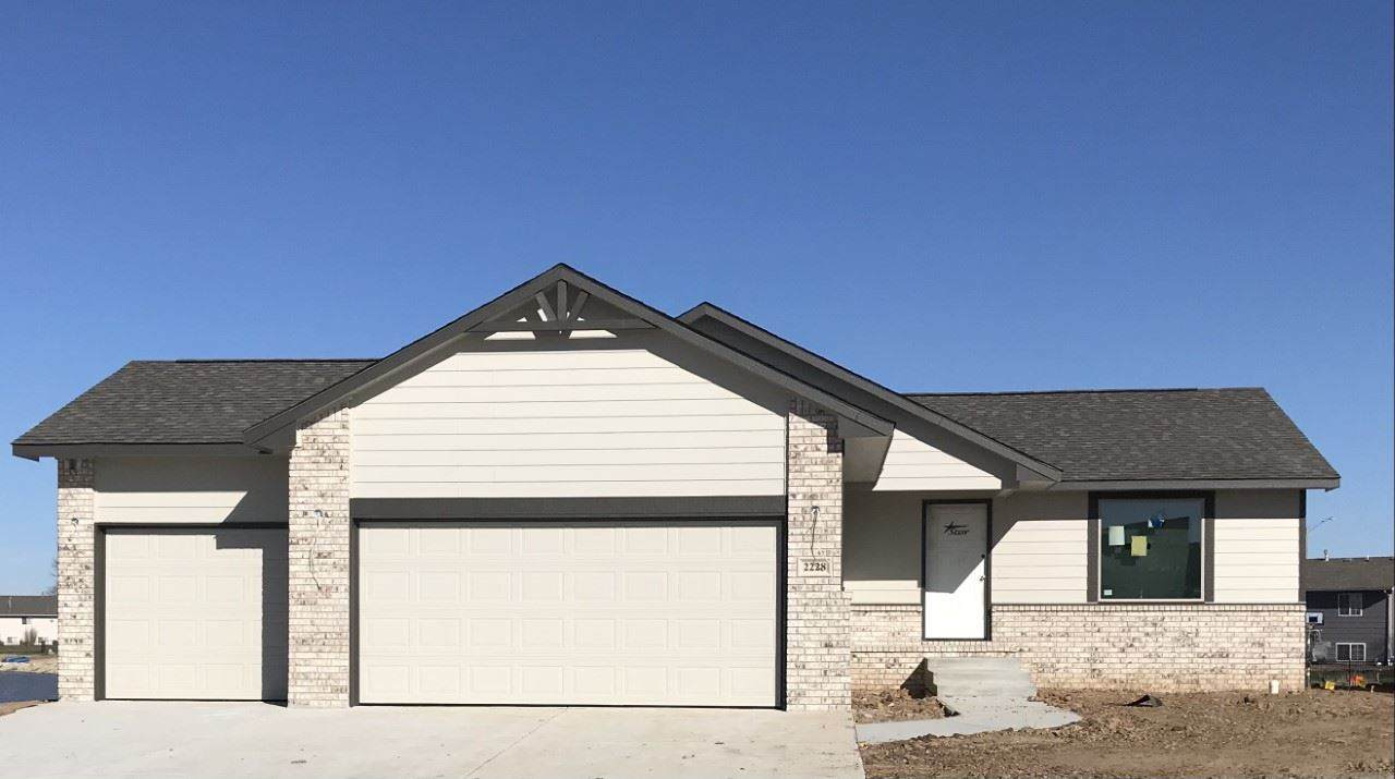 2228 Country Lakes - Photo 1