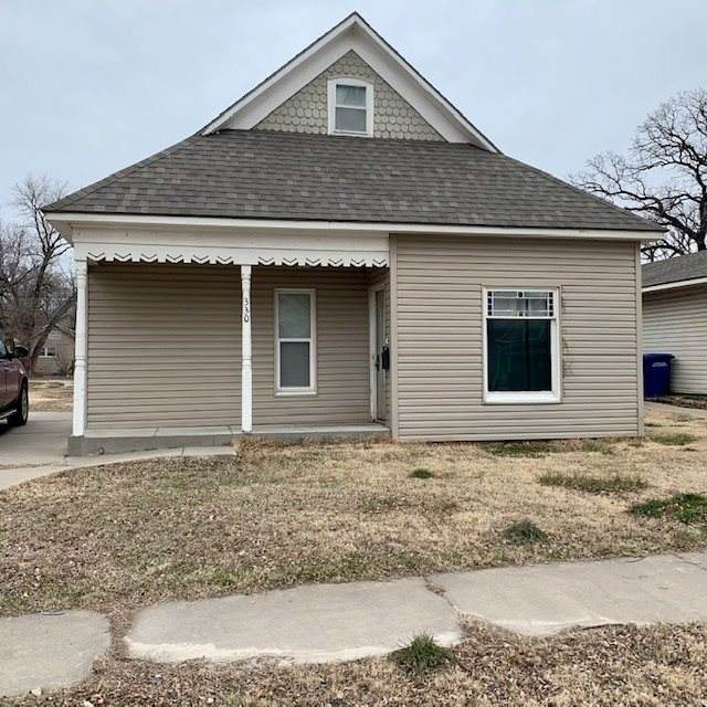 330 E Main, Augusta, KS 67010 (MLS #592040) :: Graham Realtors
