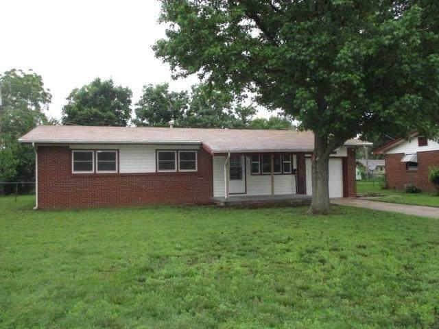 2729 S Martinson Ave, Wichita, KS 67217 (MLS #593278) :: Pinnacle Realty Group
