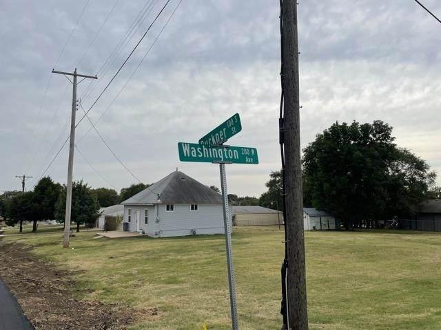 101 S Buckner Ave 105 S Buckner A, Derby, KS 67037 (MLS #602794) :: Kirk Short's Wichita Home Team