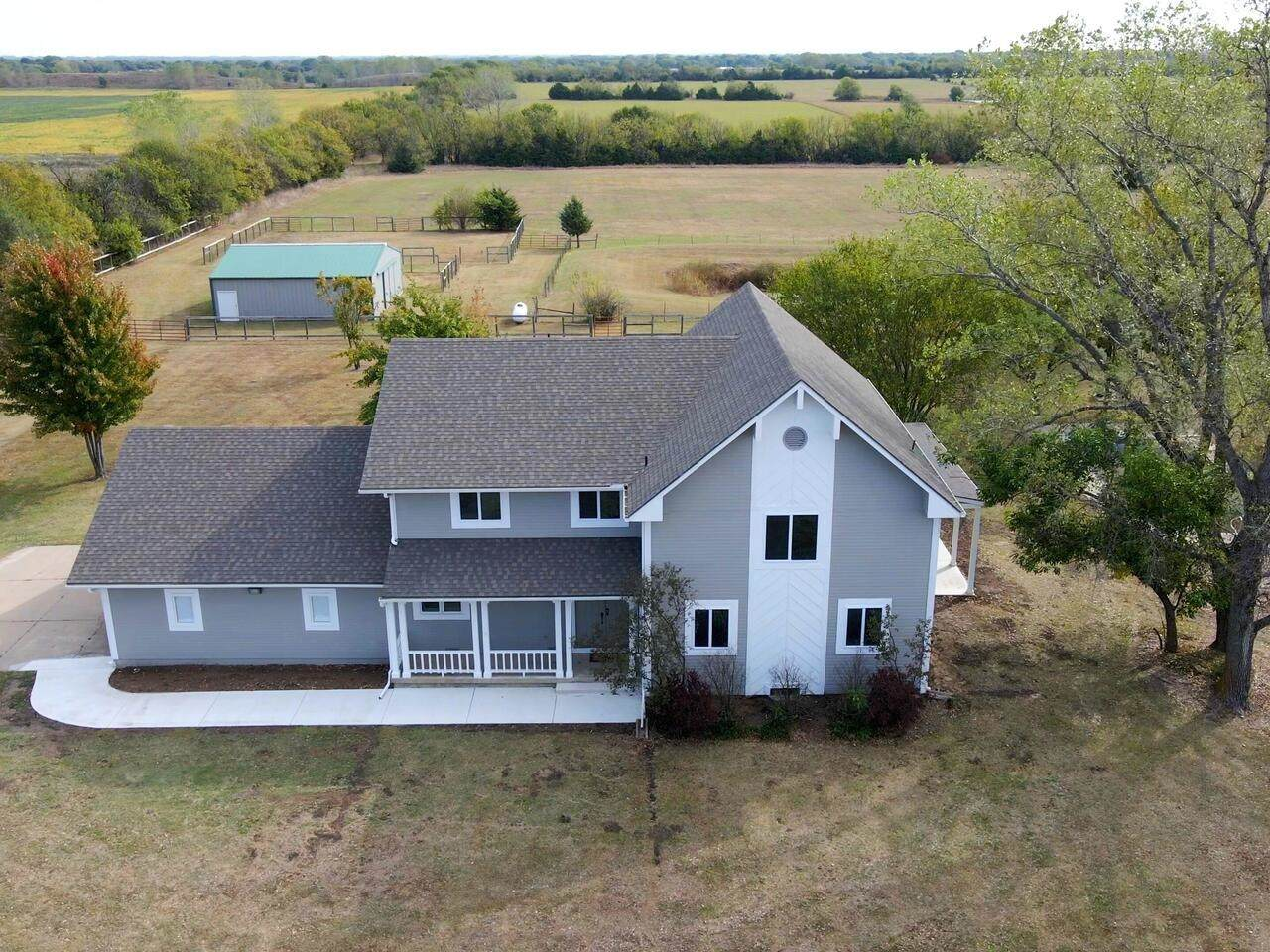 17530 County Line Rd - Photo 1