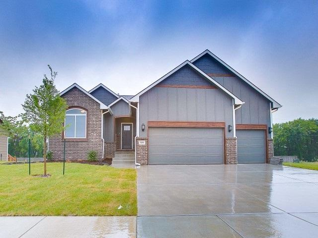 3431 N Tyndall, Derby, KS 67037 (MLS #552755) :: On The Move