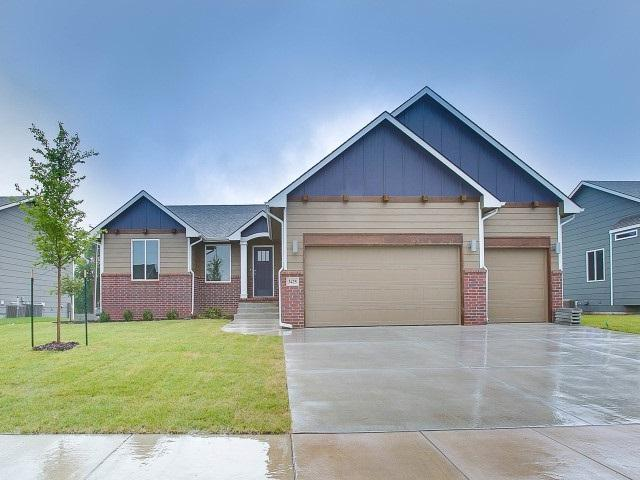 3425 N Tyndall, Derby, KS 67037 (MLS #552757) :: On The Move