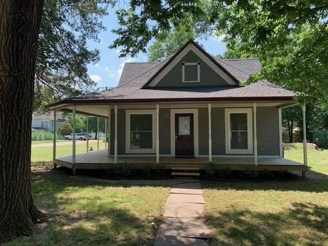 803 N Linden St, Belle Plaine, KS 67013 (MLS #583651) :: Lange Real Estate