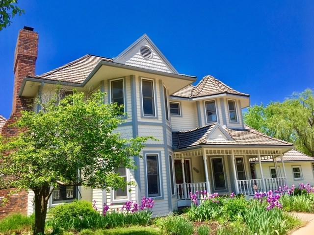 2741 N Wilderness Ct, Wichita, KS 67226 (MLS #547277) :: Select Homes - Team Real Estate