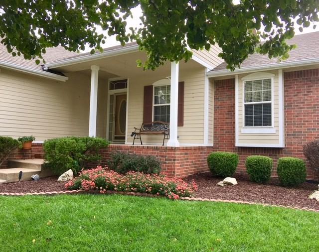 1827 E Shadow Circle, Park City, KS 67219 (MLS #542917) :: Select Homes - Team Real Estate