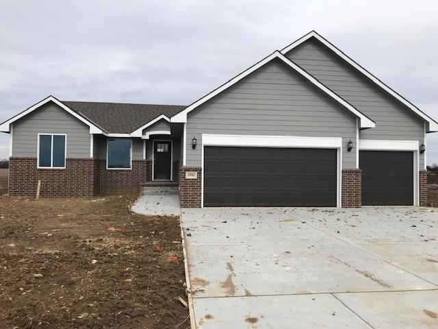 1541 N Aster, Andover, KS 67002 (MLS #558559) :: On The Move