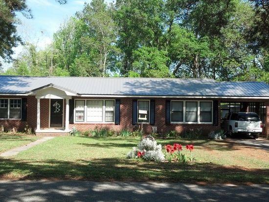 700 N Hillcrest, Geneva, AL 36340 (MLS #20171360) :: Team Linda Simmons Real Estate