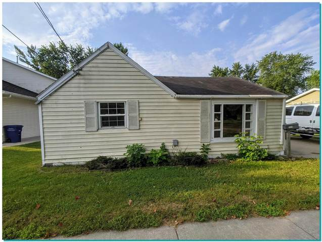 215 Kamps St, Combined Locks, WI 54113 (#1764212) :: Dallaire Realty