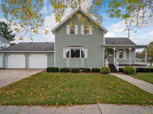 1037 28th St, Two Rivers, WI 54241 (#1769194) :: Dallaire Realty