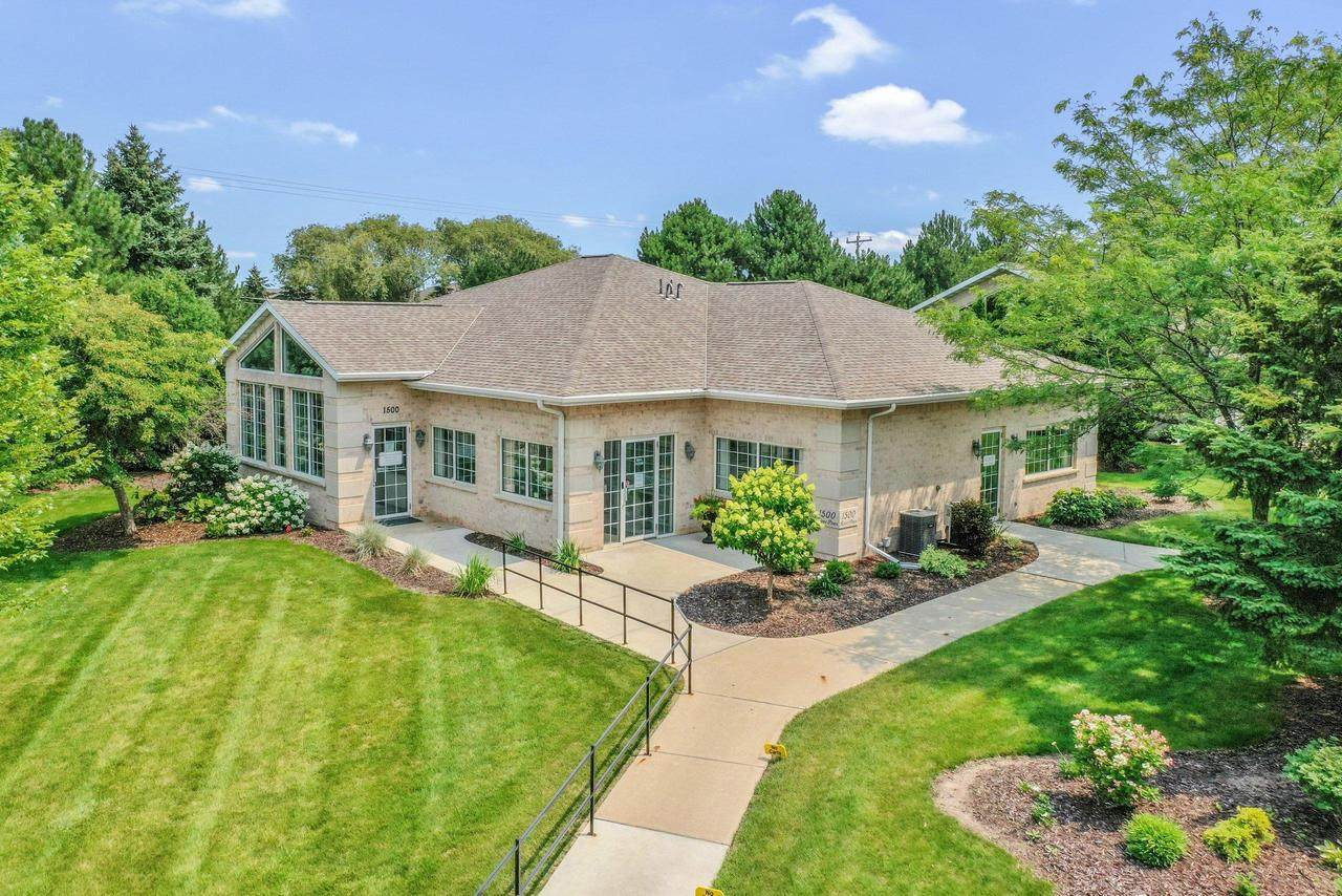 1500 River Pines Dr - Photo 1