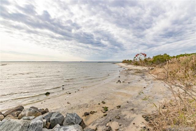 1566 Jenkins Neck Road, Gloucester Point, VA 23072 (MLS #1833392) :: Chantel Ray Real Estate
