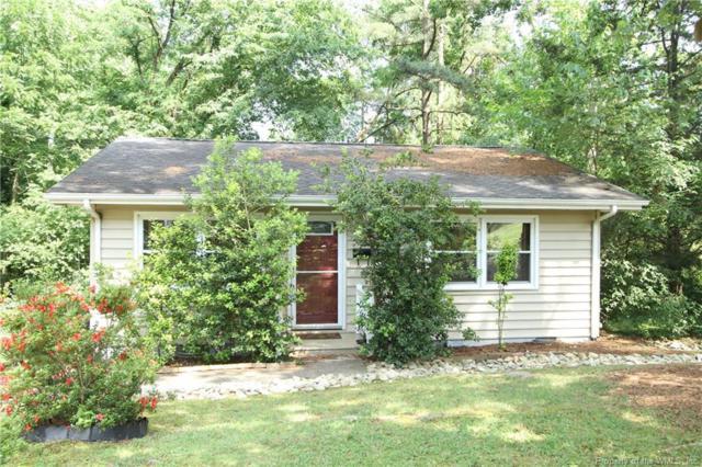 17 Grove Avenue, Williamsburg, VA 23185 (MLS #1902258) :: Chantel Ray Real Estate