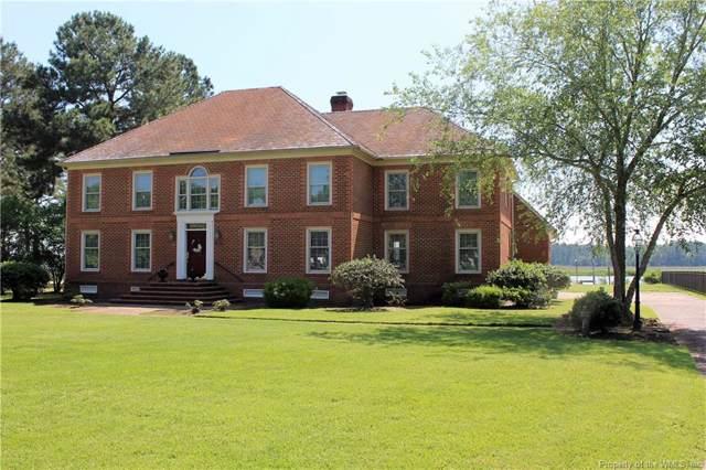 702 Lipton Drive, Newport News, VA 23608 (MLS #1902563) :: Chantel Ray Real Estate
