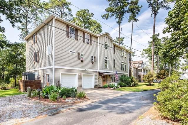 247 Hunts Neck Road, Poquoson, VA 23662 (MLS #1903521) :: Chantel Ray Real Estate