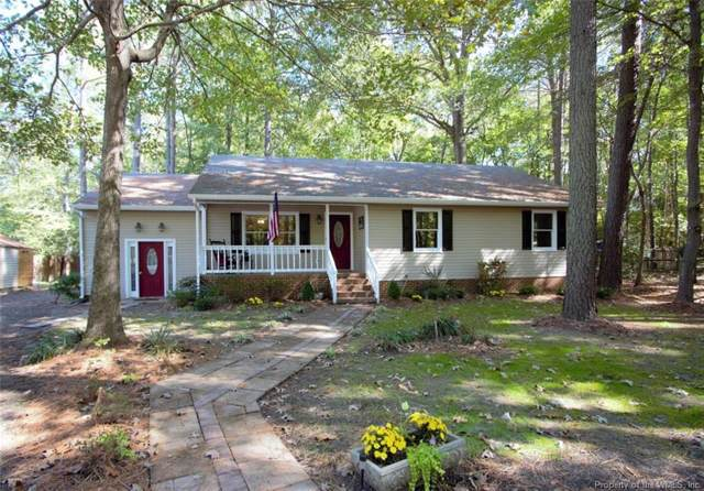 8253 Manor Drive, Gloucester, VA 23061 (MLS #1904196) :: Chantel Ray Real Estate