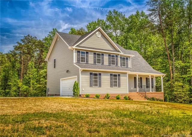 9249 Stingray Point Court, New Kent, VA 23124 (MLS #1904248) :: Chantel Ray Real Estate