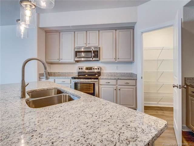 106 Two Penny Place, Williamsburg, VA 23185 (MLS #2000202) :: Chantel Ray Real Estate