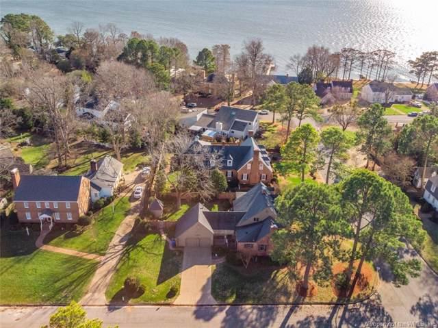 16 James Landing Road, Newport News, VA 23606 (MLS #2000302) :: Chantel Ray Real Estate