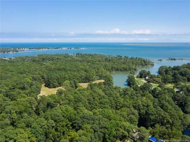 412 Ship Point Road, Yorktown, VA 23692 (MLS #2001369) :: Chantel Ray Real Estate