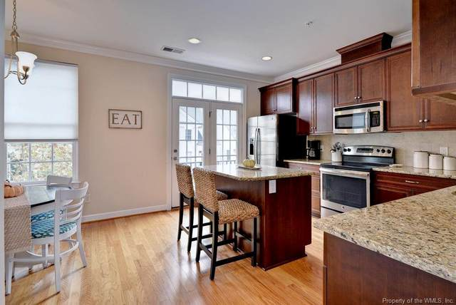 105 Carrington Lane, Yorktown, VA 23692 (#2004677) :: The Bell Tower Real Estate Team