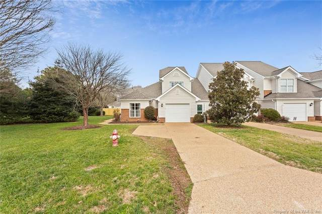 2501 Fair Chase, Williamsburg, VA 23185 (#2101226) :: The Bell Tower Real Estate Team