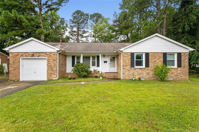 513 Spinnaker Road, Newport News, VA 23602 (MLS #2102352) :: Howard Hanna Real Estate Services