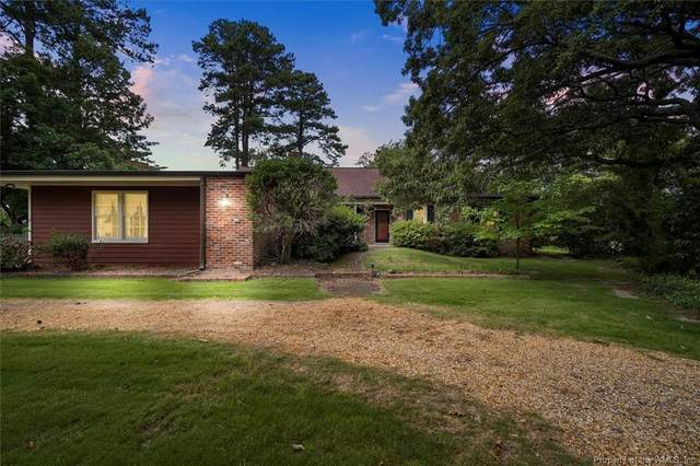 2 Boxwood Point Road, Hampton, VA 23669 (#2103927) :: The Bell Tower Real Estate Team