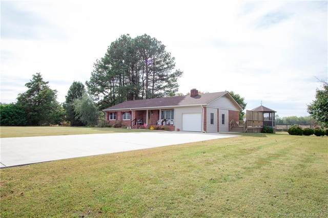 426 Lara Road, Lancaster, VA 22503 (MLS #1904249) :: Chantel Ray Real Estate