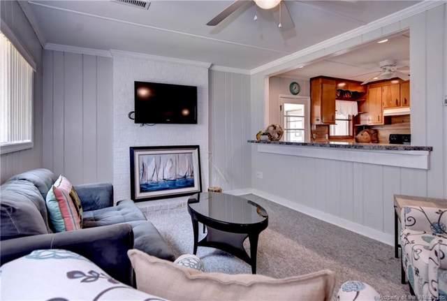2212 Remlik Drive, Urbanna, VA 23175 (MLS #1902400) :: Chantel Ray Real Estate
