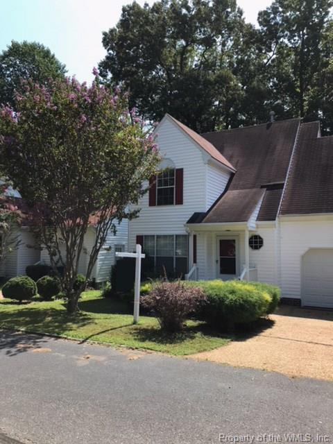 943 Pheasant Run, Williamsburg, VA 23188 (MLS #1811281) :: Small & Associates