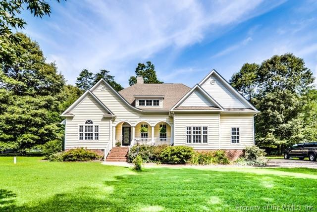 4127 Hall Oaks Drive, Gloucester, VA 23061 (#1833455) :: Abbitt Realty Co.