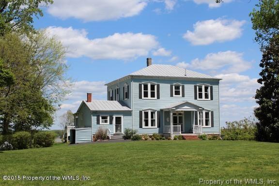 416 Virginia Avenue, Claremont, VA 23899 (MLS #1901642) :: Chantel Ray Real Estate