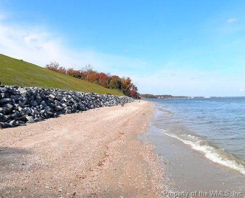 388 Cobham Bluff Lane, Surry, VA 23833 (MLS #1903300) :: Chantel Ray Real Estate