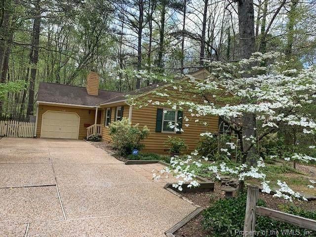 110 Patrick Henry Drive, Williamsburg, VA 23185 (MLS #2001412) :: Chantel Ray Real Estate