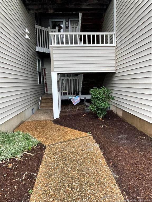 215 Island Cove Court B, Hampton, VA 23669 (MLS #2103285) :: Howard Hanna Real Estate Services