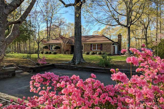 10390 Carriage Road, Providence Forge, VA 23140 (MLS #2001073) :: Chantel Ray Real Estate